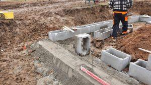 Vyrovnání vysokého zavadlého betonu