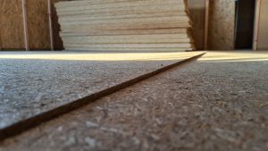 Průhyb poddimenzované stropní konstrukce od společnosti Modul-Leg®